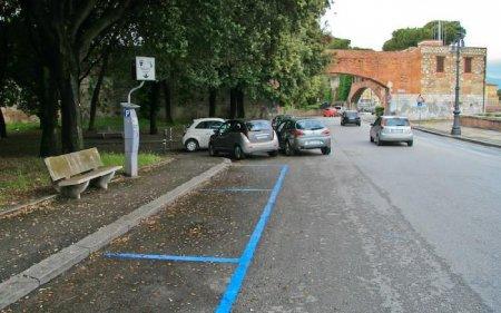 Водителям на заметку: что надо знать о парковке в Барселоне