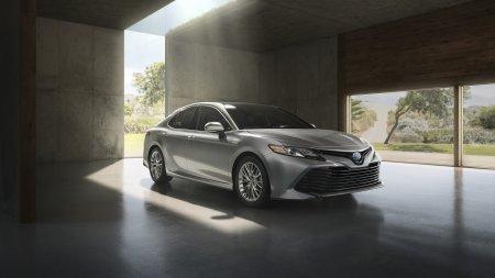 Знакомьтесь: Toyota Camry нового поколения